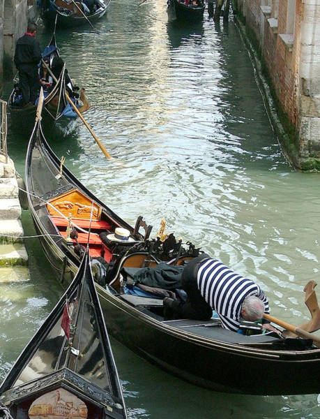 Wall Art - Photograph - Gondolier At Work by Mindy Newman