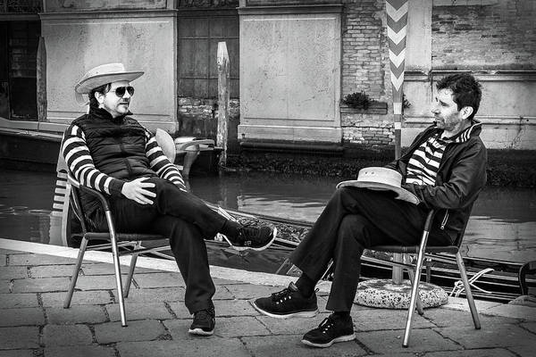 Photograph - Gondoliers Relaxing In Venice by Barry O Carroll