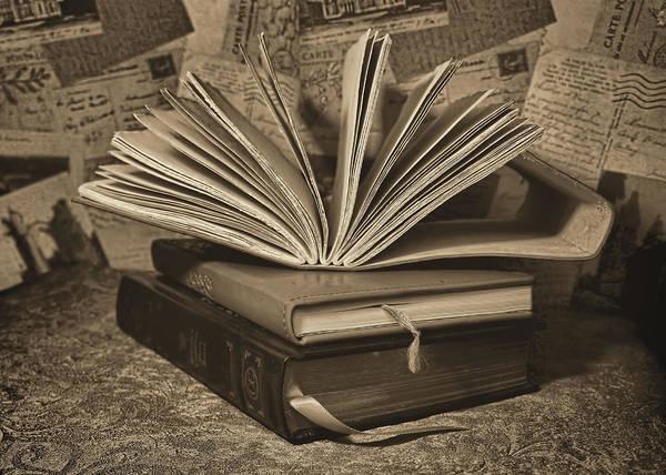 Mixed Media - Good Book by Pamela Walton