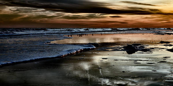 Photograph - Goodnight Sun Isle Of Palms by Evie Carrier