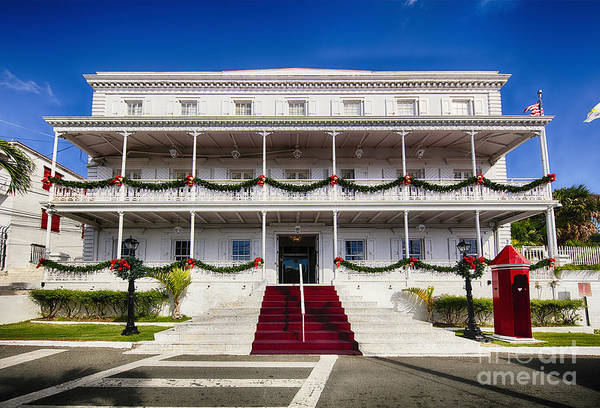 Wall Art - Photograph - Governors House With A Sentry Box by George Oze