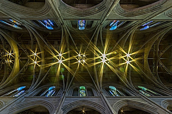 Grace Cathedral Photograph - Grace Cathedral Starburst by Bill Gallagher