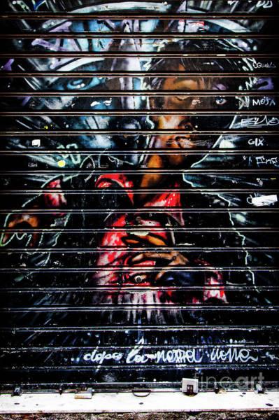 Photograph - Graffiti Urban 2 by Bruno Spagnolo