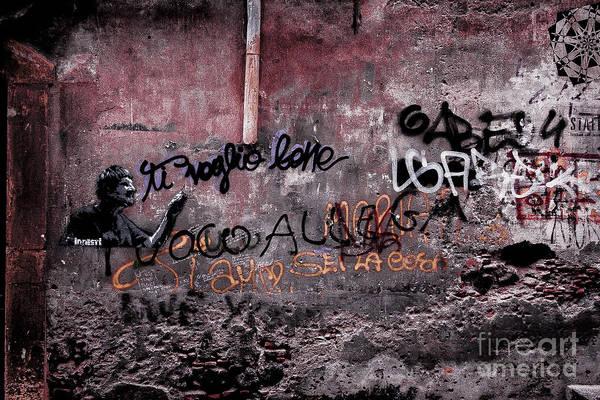 Photograph - Graffiti Urban 3 by Bruno Spagnolo