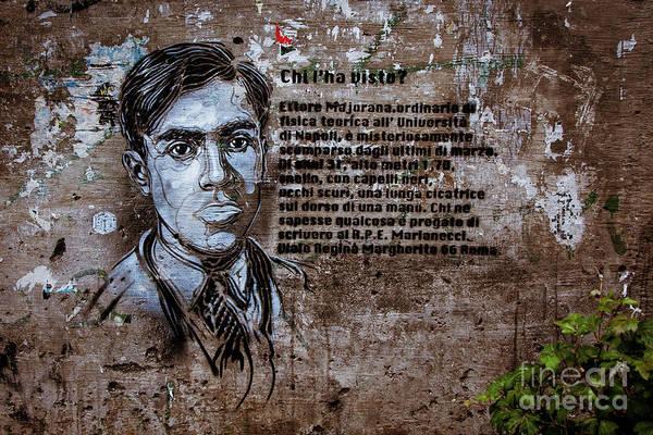 Photograph - Graffiti Urban 4 by Bruno Spagnolo