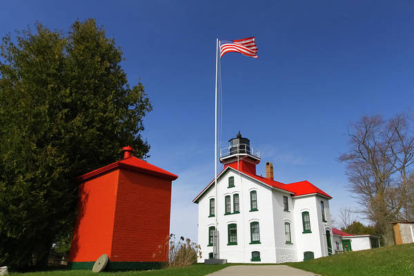 Wall Art - Photograph - Grand Traverse Lighthouse 2 by Heather Kenward