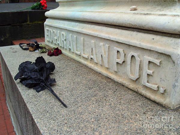 Maryland Wall Art - Photograph - Grave Of Edgar Allen Poe by William Kuta