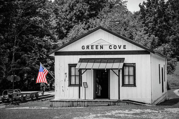 Photograph - Green Cove Station by Dale R Carlson