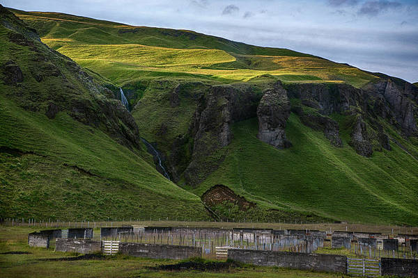 Photograph - Green Iceland Mountains by Dave Dilli