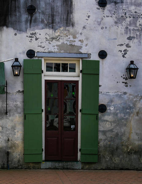 Photograph - Green On Stucco by Jeff Kurtz