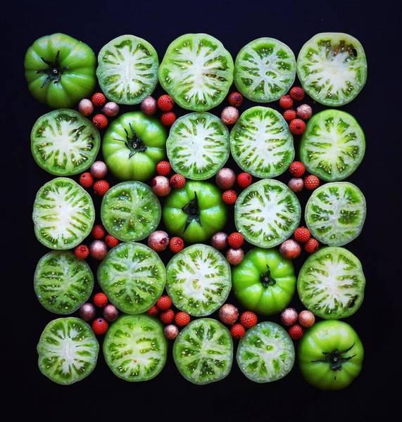 Green Tomato Slice Pattern Art Print
