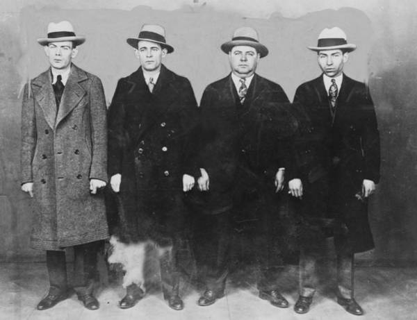 Luciano Wall Art - Photograph - Group Of Mobsters In The 1920s. Left by Everett