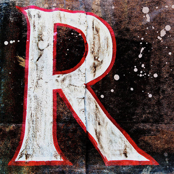 Letters Wall Art - Photograph - Grungy Letter R by Carol Leigh