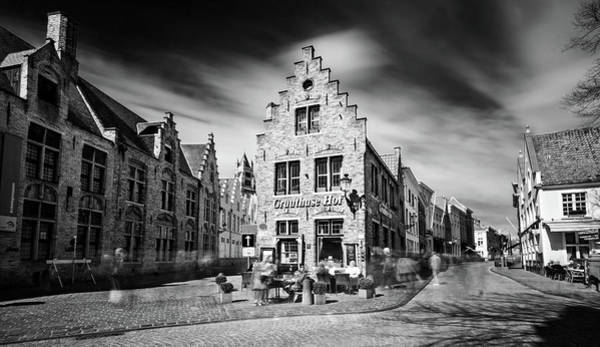 Photograph - Gruuthuse Hof In Bruges by Barry O Carroll
