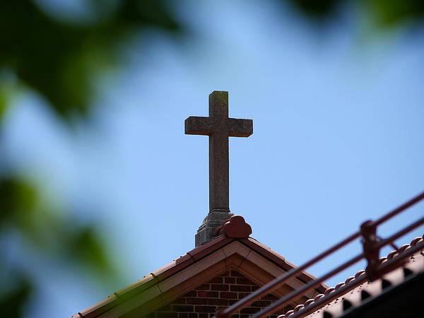 Photograph - Guardian Angel Church Cross by Richard Reeve