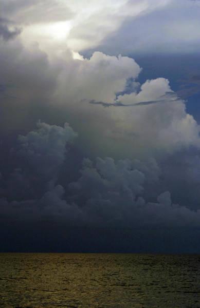 Photograph - Gulf Storm Azure 2558 H_2 by Steven Ward