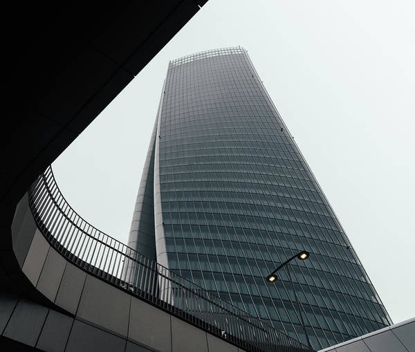 Photograph - Hadid Tower, Milan, Lombardy, Italy by Alexandre Rotenberg