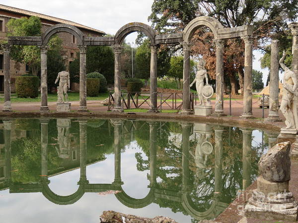 Photograph - Hadrian's Villa 5 by Laurie Morgan
