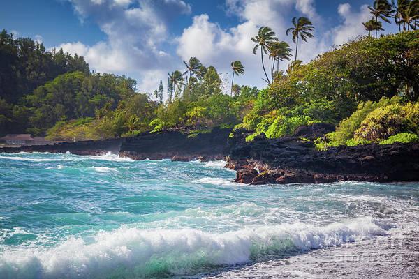 Photograph - Hana Bay Waves by Inge Johnsson