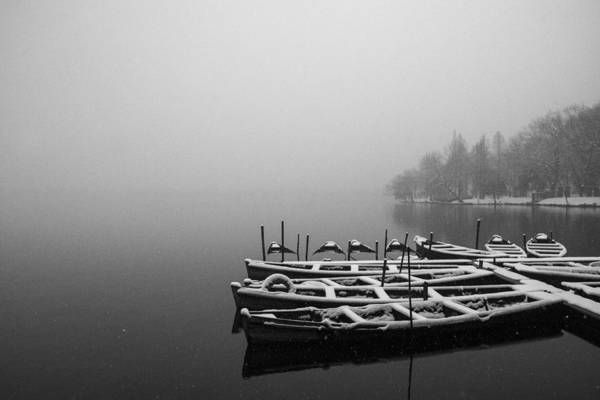 Photograph - Hangzhou's West Lake by Jed Holtzman