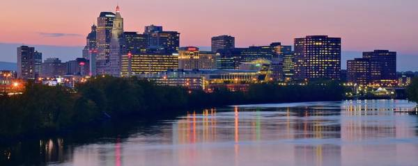 Conn Wall Art - Photograph - Hartford Panorama With Ambiance by Frozen in Time Fine Art Photography