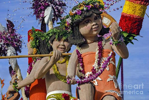 Tournament Of Roses Photograph - Hawaiian Children 2 by David Zanzinger