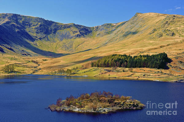 Haweswater Wall Art - Photograph - Haweswater And Riggindale. by Stan Pritchard