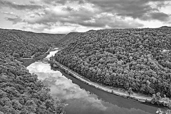 River Hawk Photograph - Hawk's Nest West Virginia 3 Bw by Steve Harrington