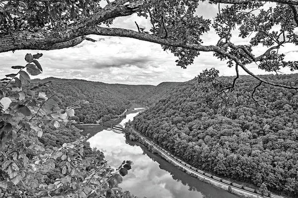River Hawk Photograph - Hawk's Nest Wv 7 Bw by Steve Harrington