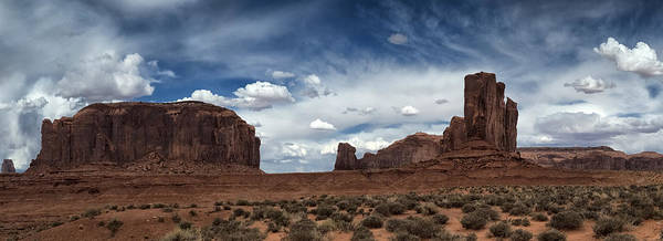 Wall Art - Photograph - Head West by Robert Fawcett