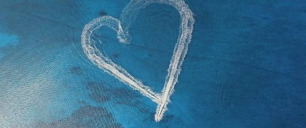 Photograph - Heart In The Ocean by Thomas M Pikolin
