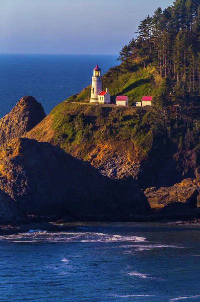 Fresnel Lens Wall Art - Photograph - Heceta Head Oregon Lighthouse by Garry Gay