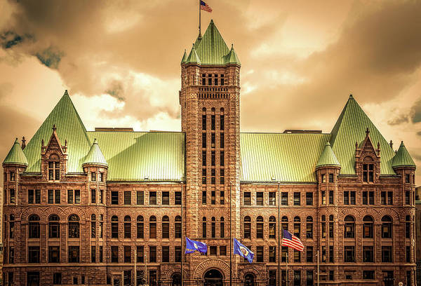 Wall Art - Photograph - Hennepin County Courthouse In Minneapolis , Minnesota  by Art Spectrum