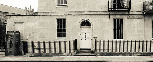 Photograph - Henry Street by Ross Henton