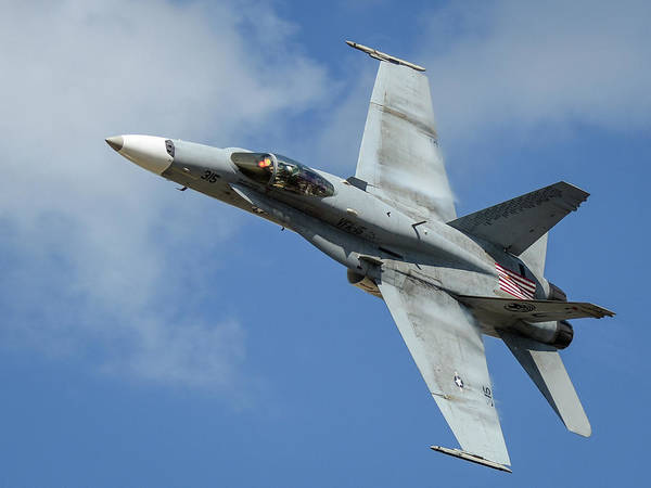 Photograph - High Speed Hornet Pass by David Hart