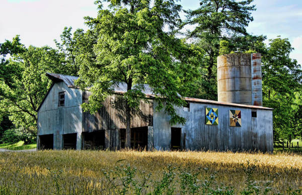 Photograph - Highway 100 Quilt Barn by Cricket Hackmann
