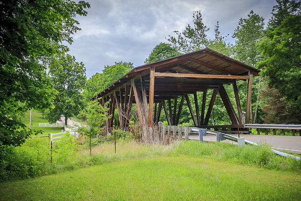 Photograph - Hindman Memorial Covered Bridge by Jack R Perry