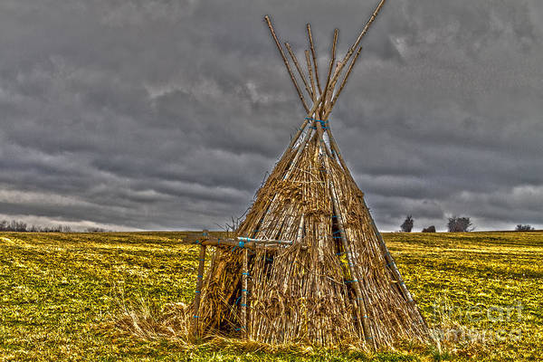 Photograph - Historic Native American Home by William Norton