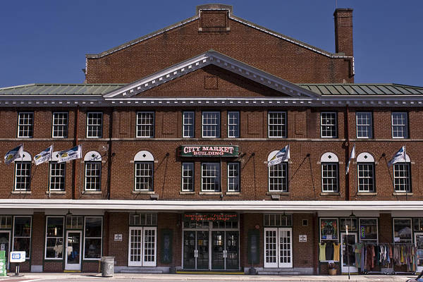 Roanoke Wall Art - Photograph - Historic Roanoke City Market Building by Teresa Mucha