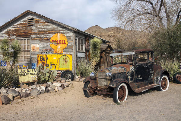 Historic Route 66 - Old Car And Shed Art Print