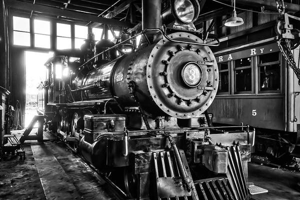 Roundhouse Photograph - Historic Sierra No 3 by Garry Gay