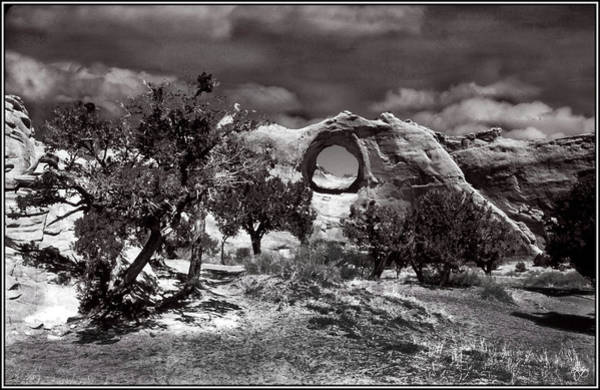 Photograph - Hole In The Wall Monochrome by Wayne King