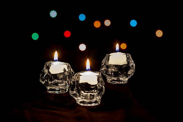 Photograph - Holiday Candles by Ed Clark