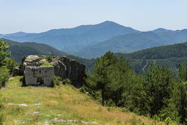 Photograph - Home Ruin In The Rocks - by Georgia Mizuleva