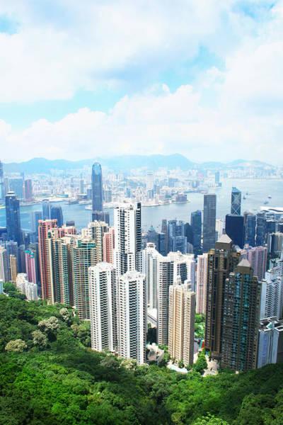 Hongkong Photograph - Hong Kong by Isabel Poulin