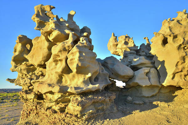 Photograph - Hoodoos In Fantasy Canyon by Ray Mathis