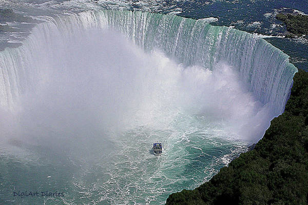 Horseshoe Digital Art - Horseshoe Falls And Maid Of The Mist by DigiArt Diaries by Vicky B Fuller