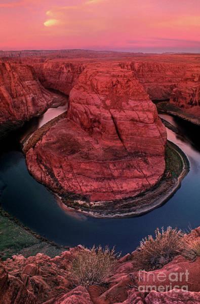Photograph - Horshoe Bend Sunrise Glenn Canyon National Recreation Area Arizona by Dave Welling