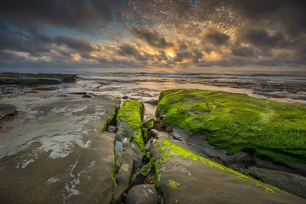 Big Sky Photograph - Hospitals Reef by Peter Tellone