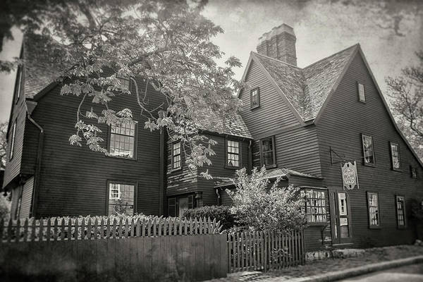 Wall Art - Photograph - House Of The Seven Gables Salem Massachusetts In Black And White  by Carol Japp
